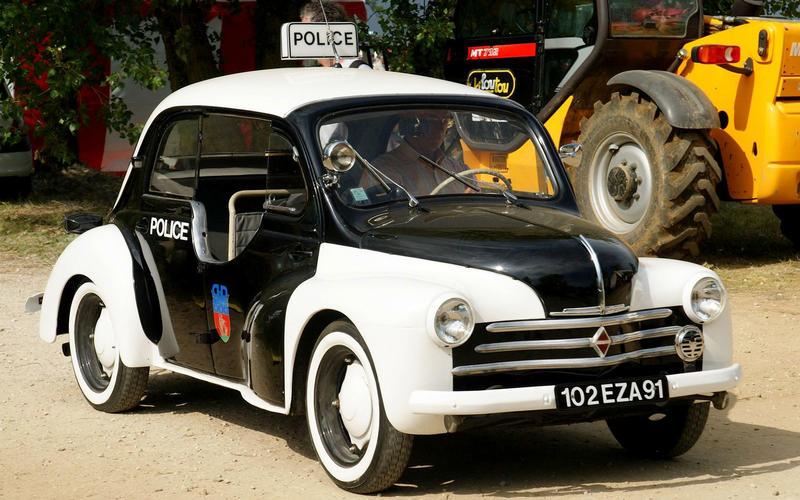 71: Renault 4CV (France)