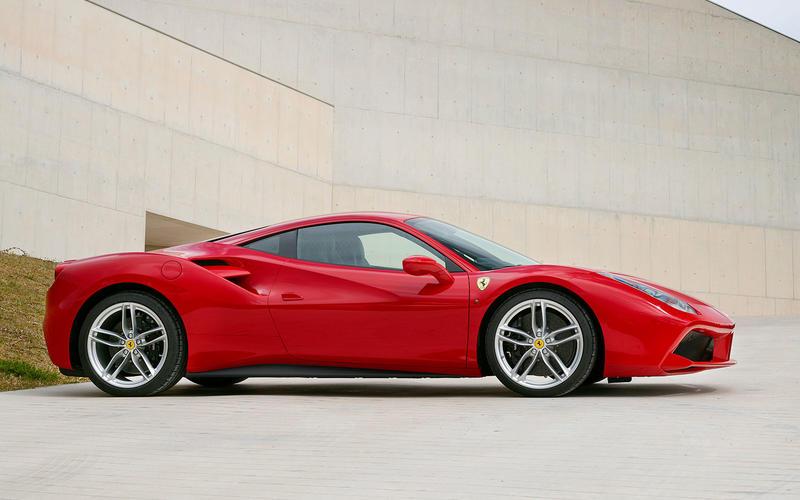 Ferrari: fire extinguisher