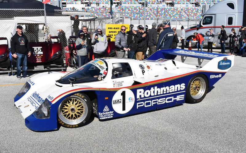 Porsche 962 Rothmans