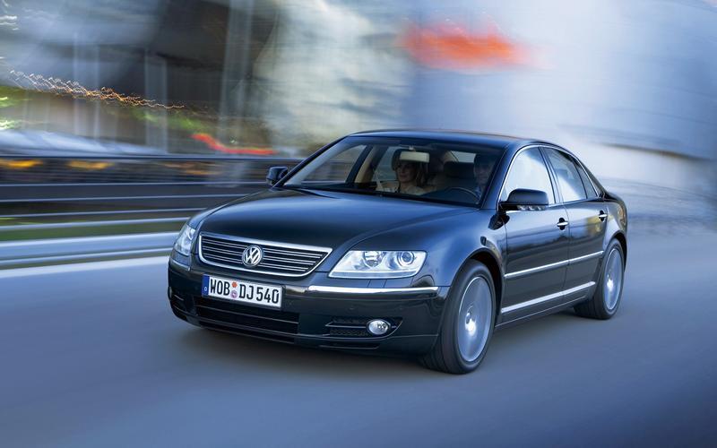 8: Volkswagen Phaeton (2002)