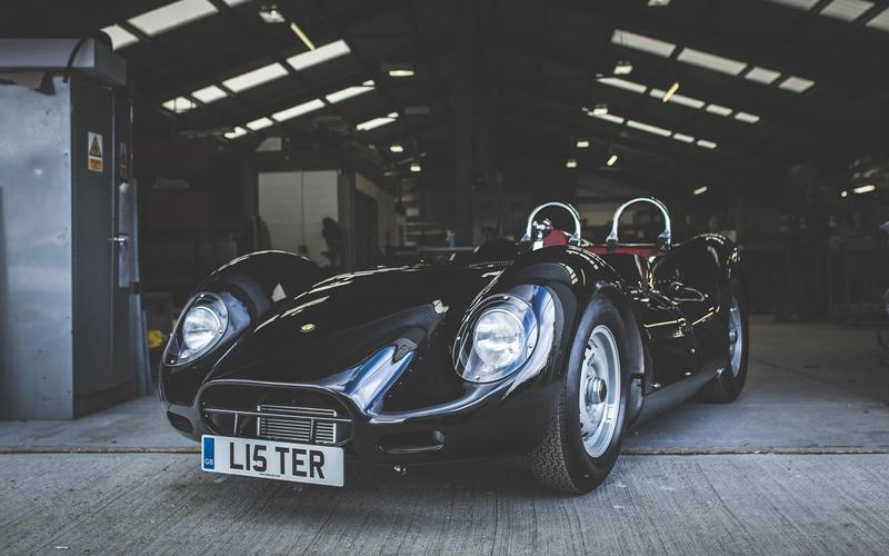 Lister's street-legal Knobbly
