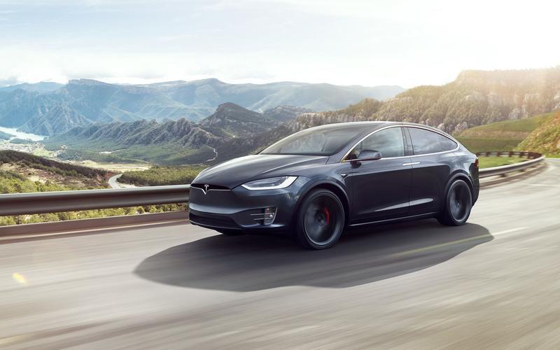 Tesla Model X – 5307lb (2412kg)