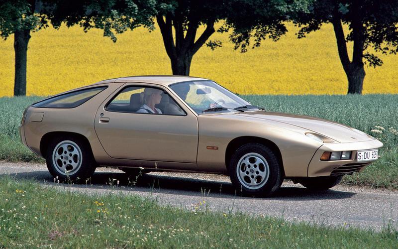Porsche 928 (1977)