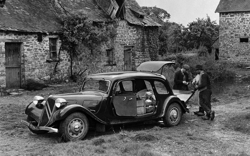 Citroën Traction Avant Commerciale (1939)