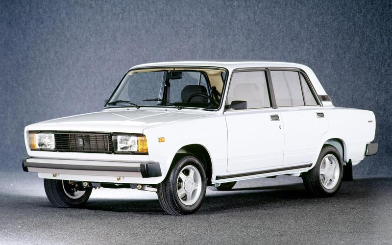 Lada 2105 (1980-2012) – 32 YEARS
