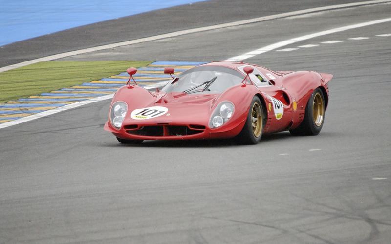 Ferrari strikes back