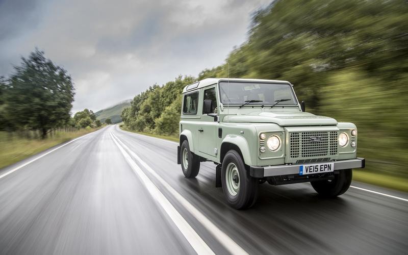 Body-on-frame Land Rover: Defender, 2016