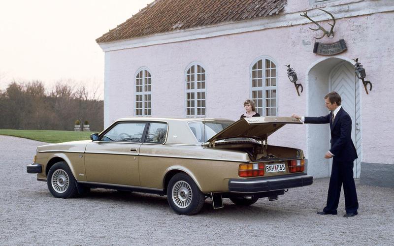 Volvo 262C (1977)