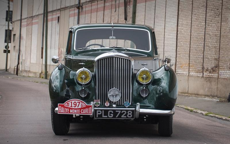 Bentley R-type - 1952