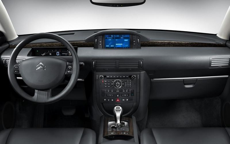 Citroën C6 (2005-2012) - interior