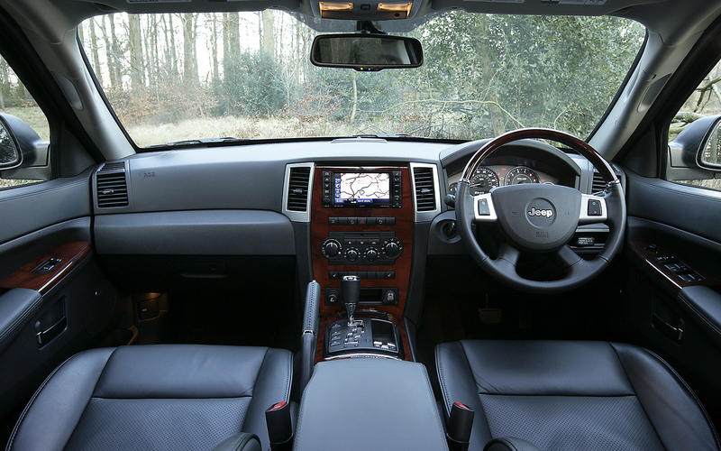 Jeep Grand Cherokee V8 - interior