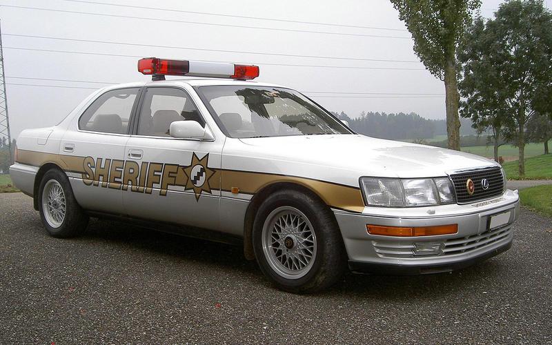 63: Lexus LS 400 (USA)