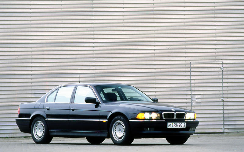 BMW 7 SERIES 1994-2001