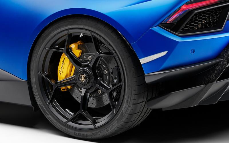 Lamborghini Huracán: ceramic brakes