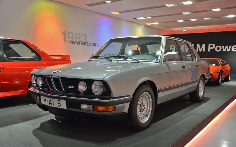M5 (1985)