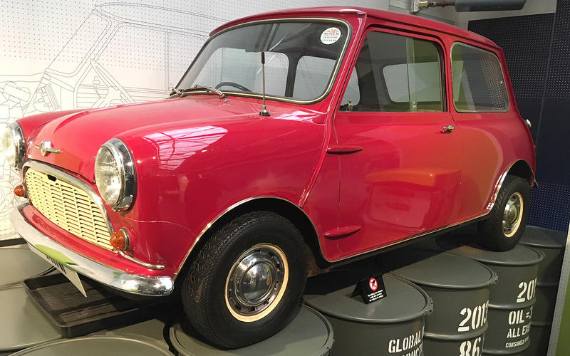 Mini (1960)