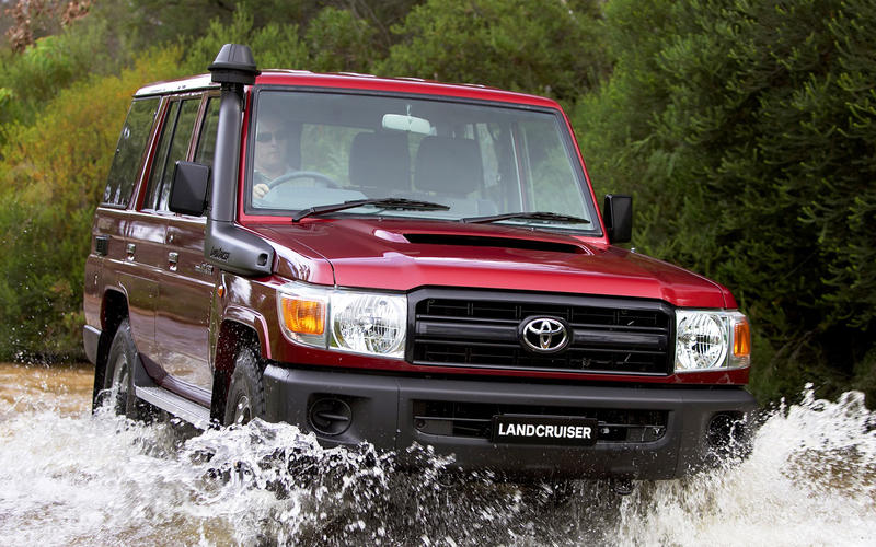 14: Toyota Land Cruiser 70 Series (1984-present) – 35 YEARS & COUNTING