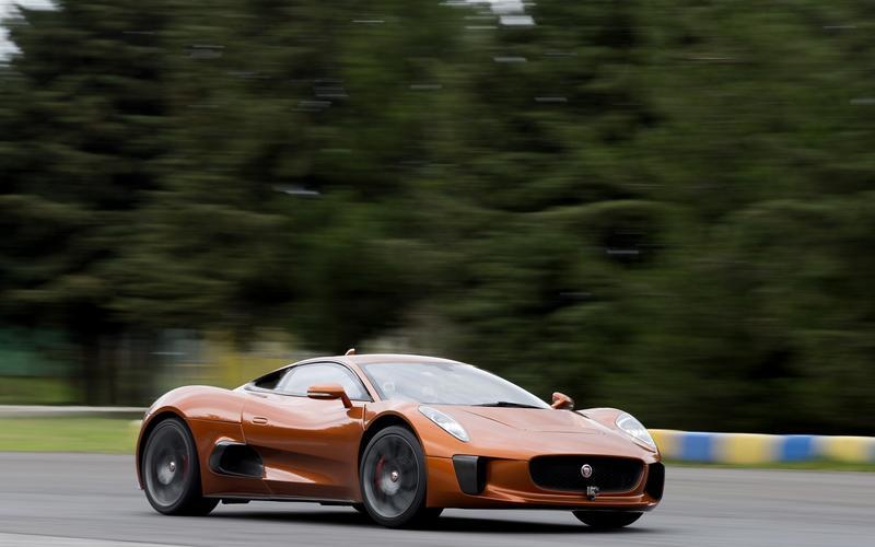 Jaguar CX-75 (2010)
