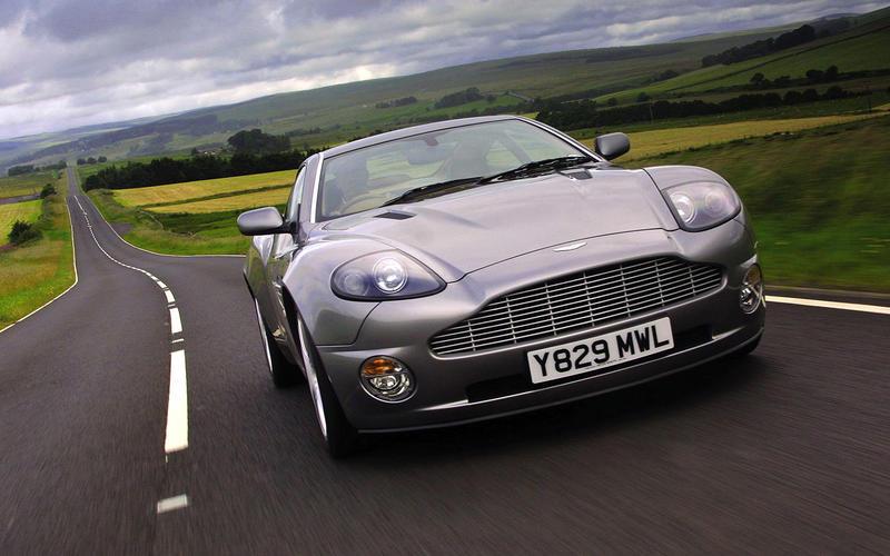 Aston Martin V12 Vanquish (2002)