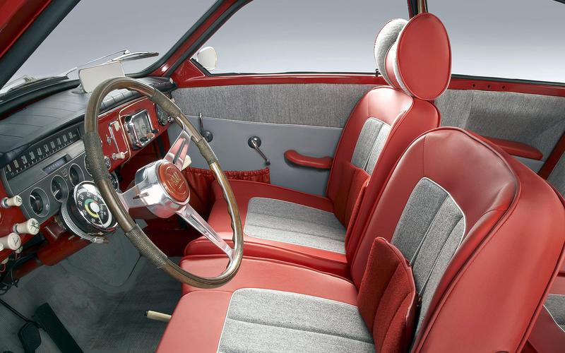 An old Saab: Interior