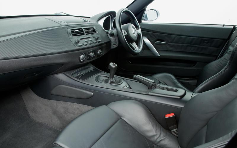 BMW Z4 Coupé (2006-2009) - interior