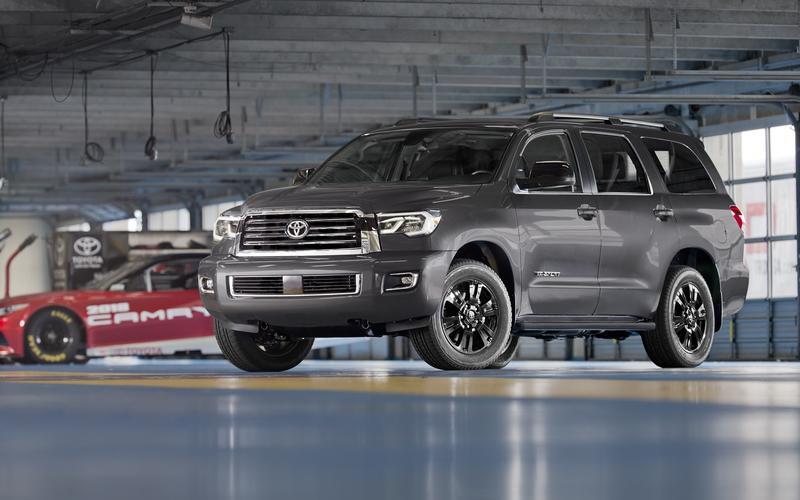 Toyota Sequoia – 5730lb (2605kg)