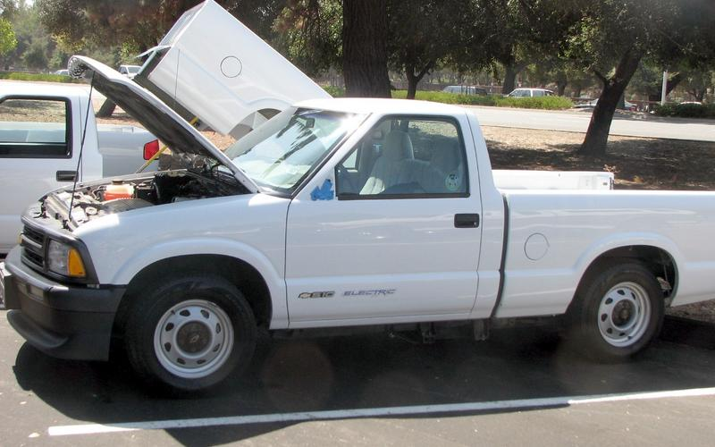 Blast from the past: Chevrolet S-10 Electric (1997-1998)