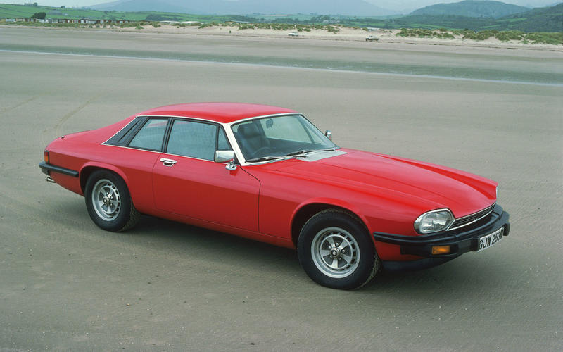 The XJ-S replaces the E-Type