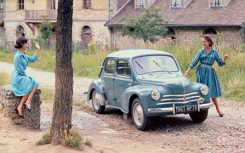 1946: Renault 4CV