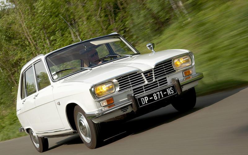 1965: Renault 16