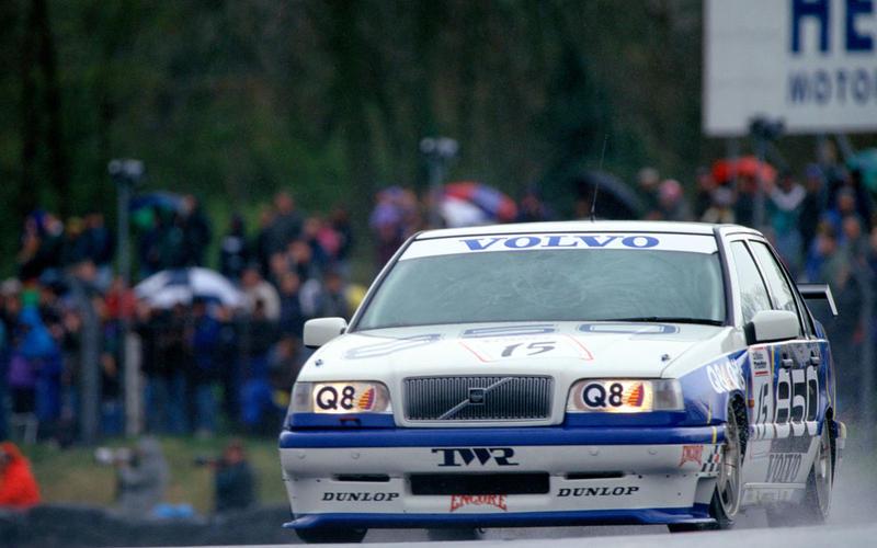 1995: Volvo ditches the estate