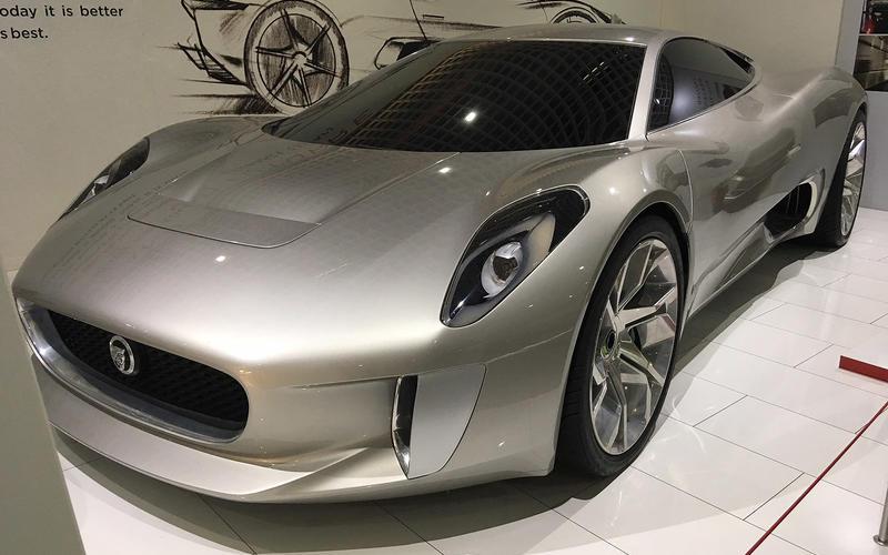 Jaguar C-X75 Concept (2010)