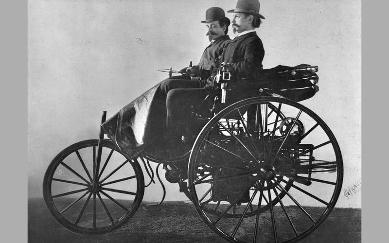 FIRST CAR: Benz Patent-Motorwagen (1886)