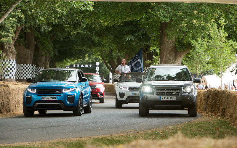 Land Rover 70th birthday parade at Goodwood