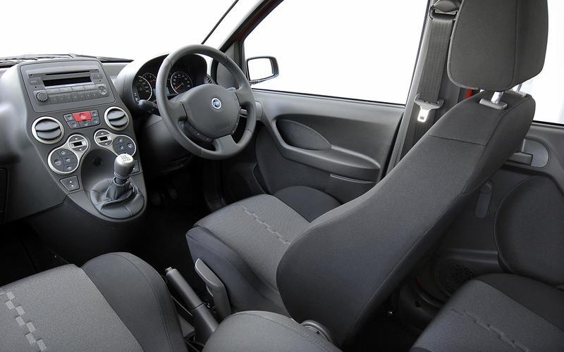 Fiat Panda 100HP (2006-2010) - interior