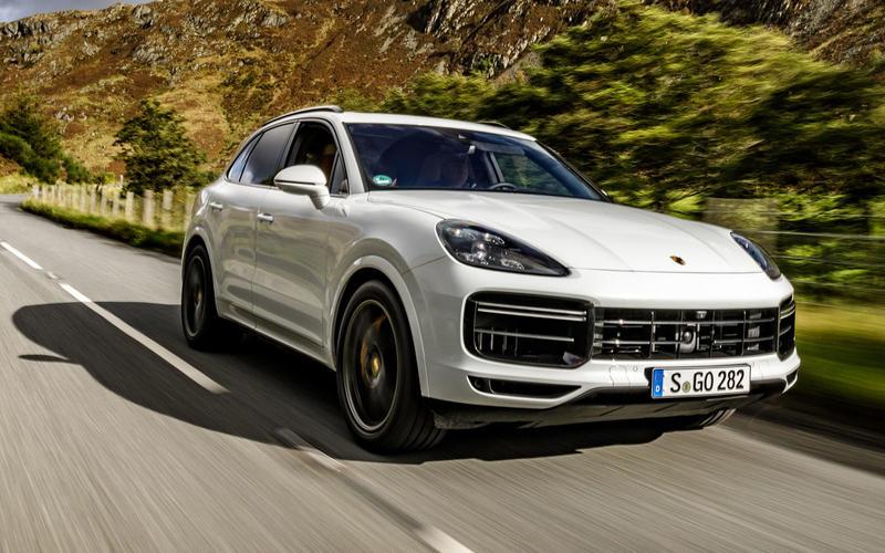 20: Porsche Cayenne Turbo