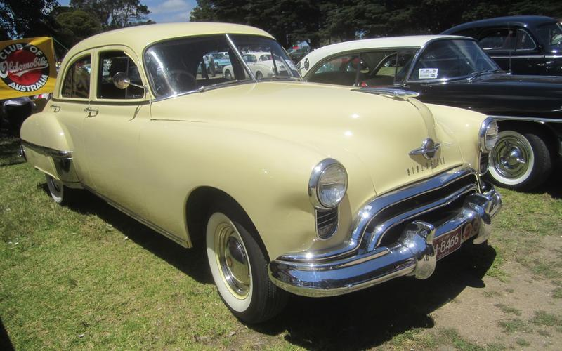 Oldsmobile 88 (1949)
