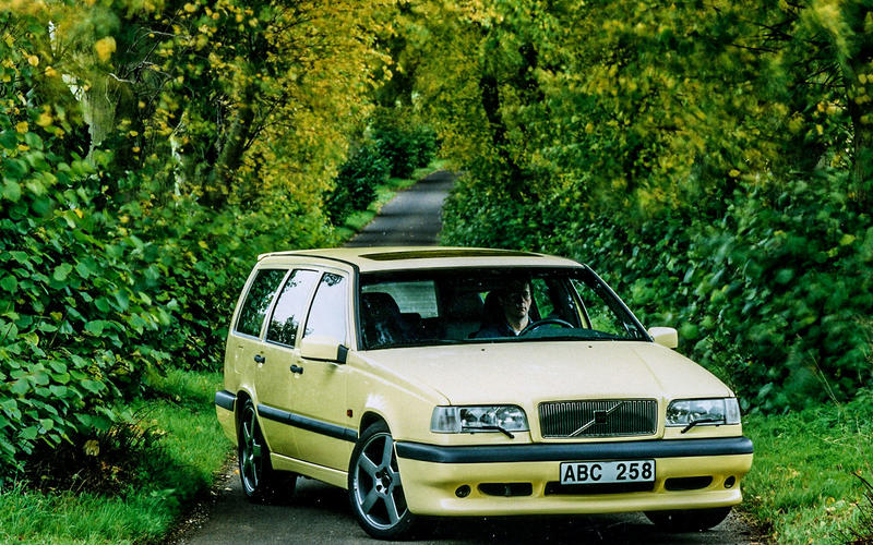 Volvo 850 from £500