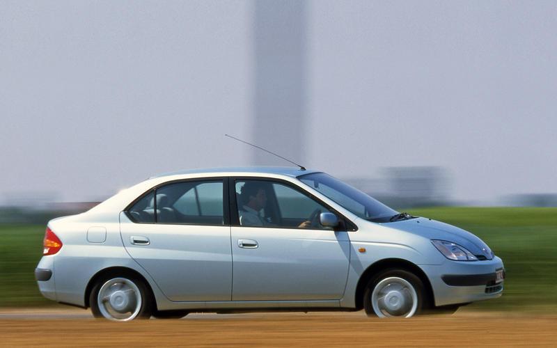 Toyota Prius (2000-NOW)