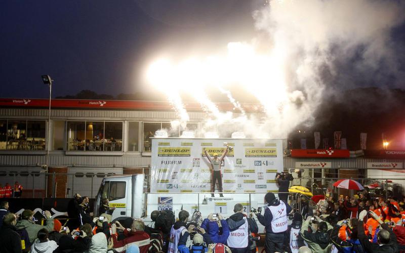 2012: Shedden celebrates
