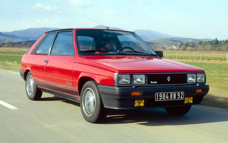Renault 11 Turbo – 6 on the road
