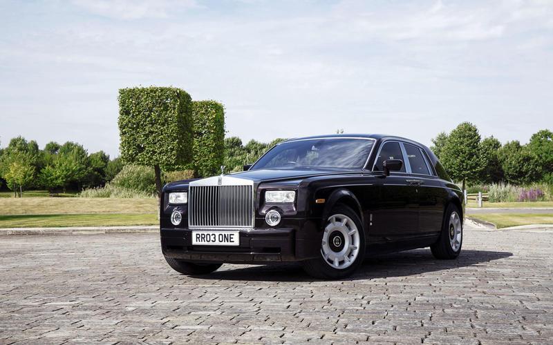 80 2003 Rolls-Royce Phantom VII