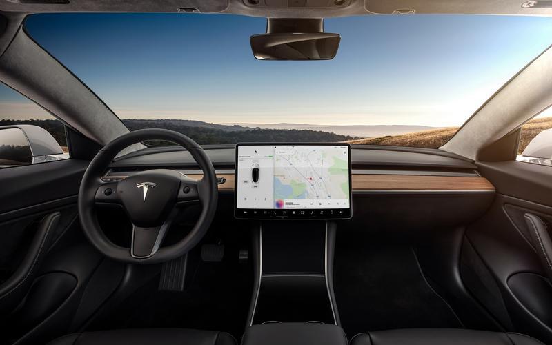 Tesla Model 3 (2016)