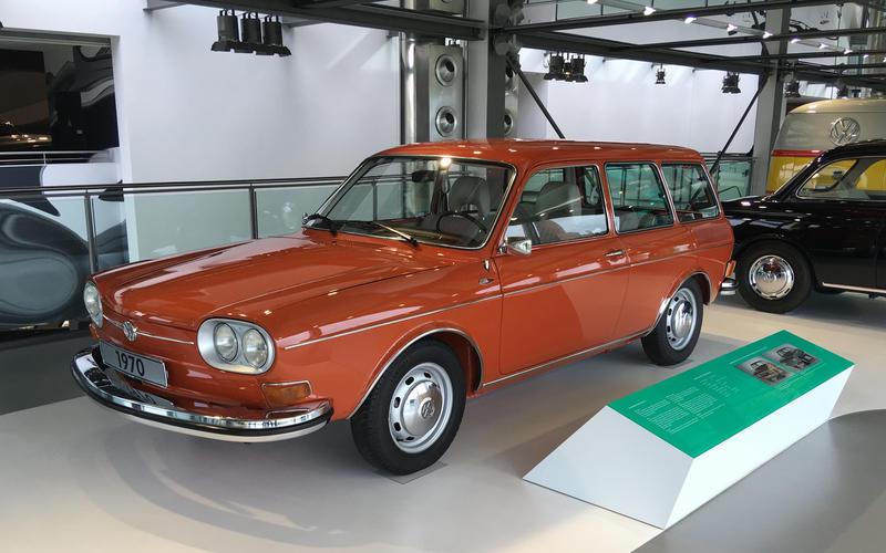 Volkswagen 411 LE (1970)