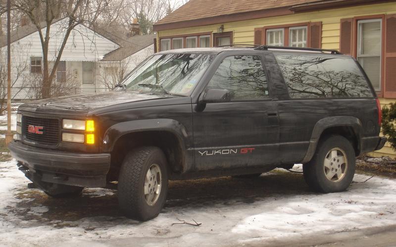 GMC Yukon GT (1993)