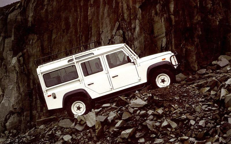 Land Rover Defender NAS (1993)