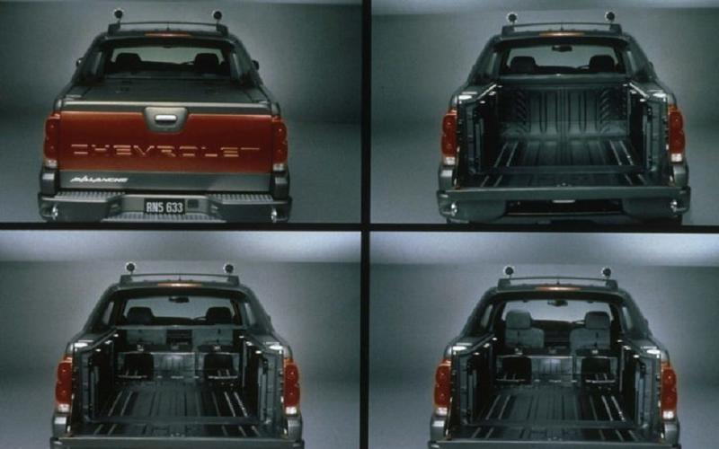 Chevrolet Avalanche (2001)