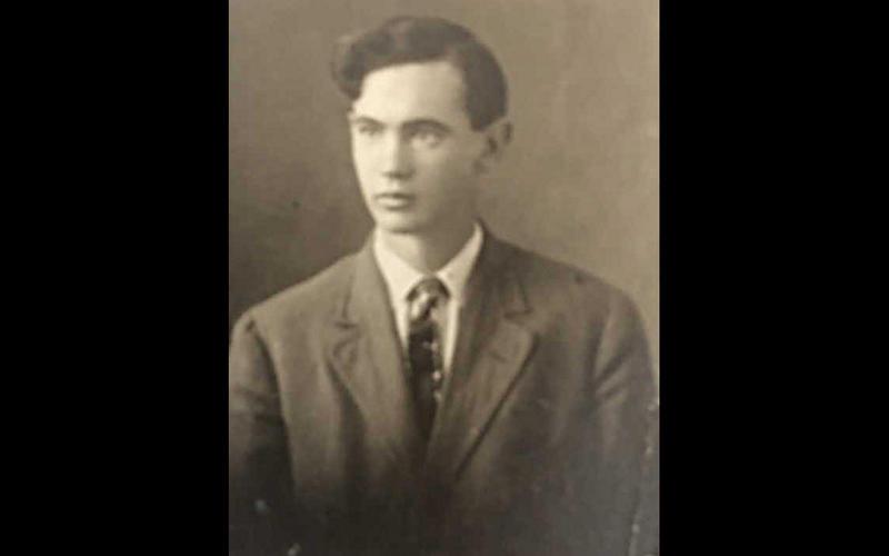 Earl Avery Thompson