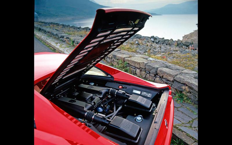 Ferrari F355 (1994-1999) - engine