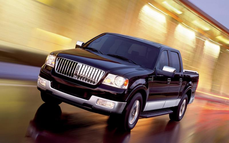 The Lincoln Mark LT (2005)